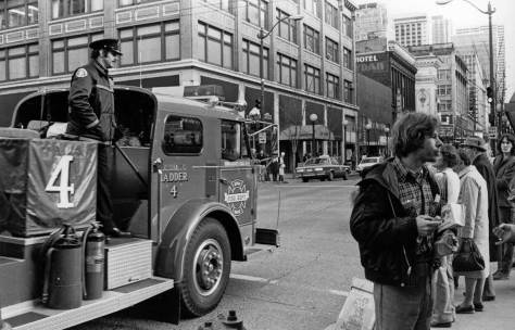 Looking south on 5th at Pine Street, also, most likely, in late 1982.