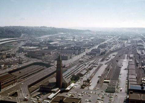 This view from 1971 has its nearly new Interstate-5 but as yet no Kingdome.