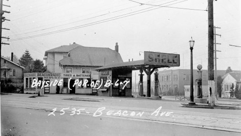 The Shell Station at 2535 Beacon Ave. S., in the now lost triangle south of Bayview Street.
