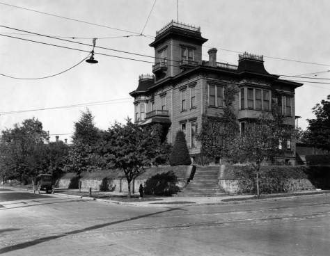 Looking across James Street and north on Minor Ave with Col. Haller's Castlemount on the northeast corner.  One block north on Minor a chimney of the Minor/Collins home finds the horizon.