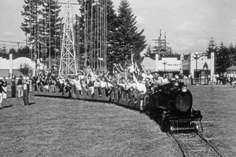 The Miniature Train. (Courtesy Museum of History and Industry)