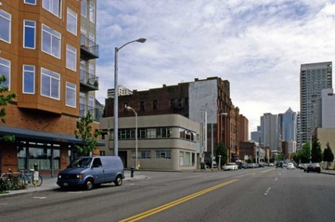 South on First towards Battery.  This I manage to date from May 1995.  It was taken, I think, when I was help Walt Crowley produce his Historic Trust Guide to Seattle.   The next view from 1940 looks thru the same intersection.