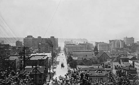 West on Union from First Hill.