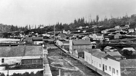SEATTLE'S FIRST PANORAMA, by Sammis.  Taken from the second floor of Snoqualmie Hall at the southwest corner of Main Street and Commercial Street, long since renamed First Avenue South.