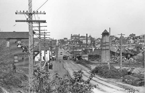 "The still ""low bridge"" in 1903, looking north again from Queen Anne.  A feature for this subject is included as the 58th ""story"" in Seattle Now and Then Volume Two."
