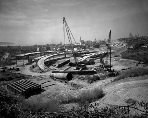 Seattle Freeway construction looking northwest from Beacon Hill, August 20, 1965.  (Courtesy, MOHAI)