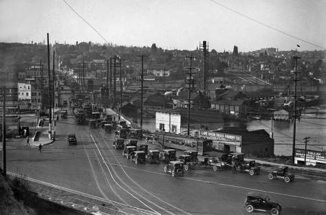 A 1924 traffic jam at the south end of the Fremont Bridge.