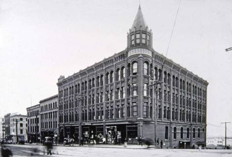 The Gilmore Block, aka Arlington Hotel, aka Bay Building at the southwest corner of University Street and First Avenue.