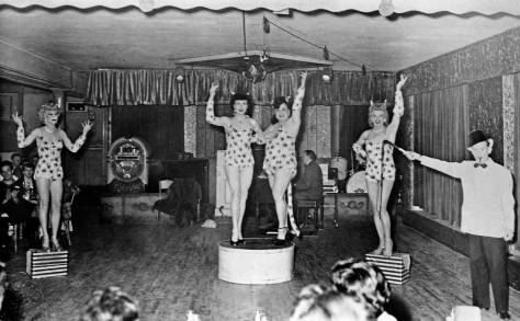 A performance at the Garden of Allah on a lower floor of First Avenue in the Bay Building.