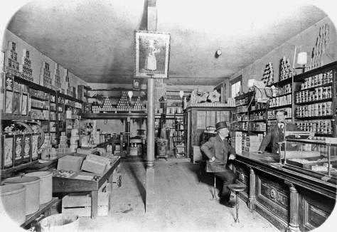 Graves Grocery interior