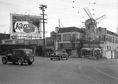 Another billboard negative, this with the windmills, the trolley tracks heading for the bridge from NE 40th and a stack of pancakes with KARO syrup.