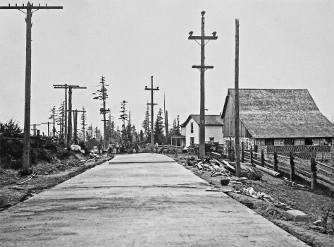 We propose or suspect that this is an early record of the Kirkland-Redmond highway. Wrong or right, we will probably know which by next week when we put up another Redmond feature.