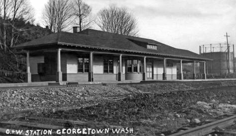 THEN: The Oregon and Washington Railroad Georgetown Depot was built in 1910 about two blocks north of the Seattle Lighting Company's Gas Works, far-right. (Courtesy, Frank and Margaret Fickheisen)