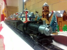 Christmas Town / Train: Front view