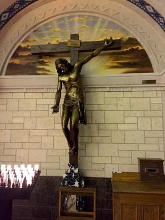 Basilica of Sainte-Anne-de-Beaupré: lower chapel Crucifix