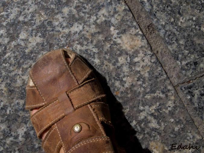 Zapato de un niño en Toledo