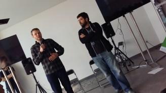 Mark, fundador de Startup Weekend (izq)