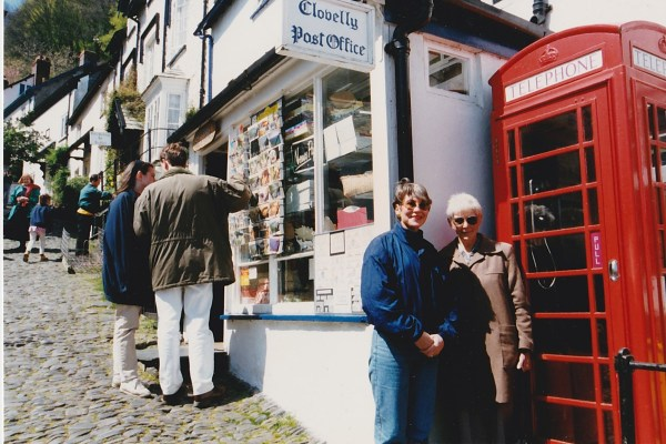 Myself and Leah, about to ring up and ask where the famous Clovelly donkeys were!