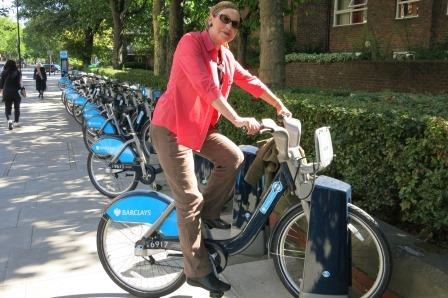 Dr Bob wouldn't give Pauline any change for Boris bike hire, so she had to walk!