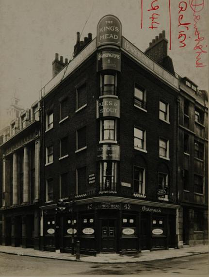 The King's Head, where Eliza  and her mother Catherine  stole the drinking pots.