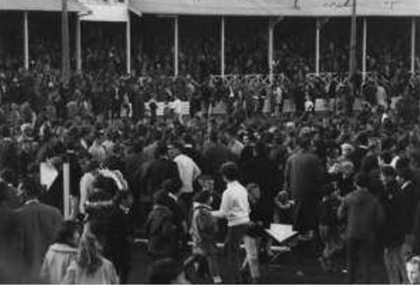 Ground invasion at North Hobart v Wynyard Final 1967