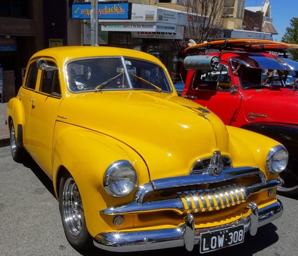 Vintage Holden parked outside Aunty Jacks in Katoomba