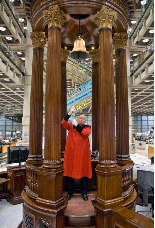 Lloyds Lutine Bell