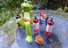 Frog and gnome at their ice picnic.