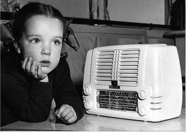 Listening to Kindergarten of the Air