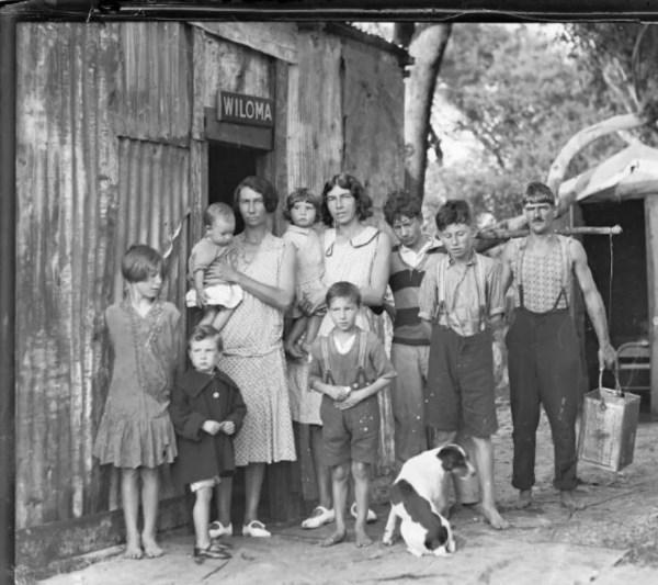 Depression era family, NSW