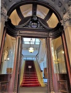 Entrance to G.P.O. Grand Sydney