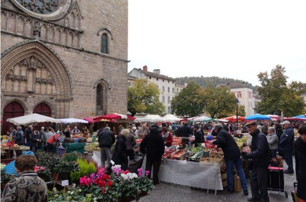 Carhors market