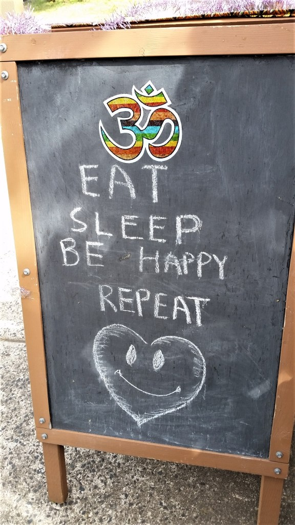 WORDS TO LIVE BY AT BLACKHEATH IN THE BLUE  MOUNTAINS