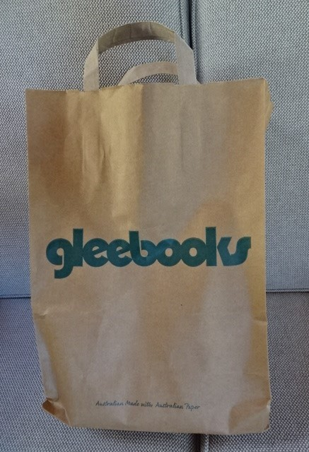 Glee books is next door to Hounslow Cafe.