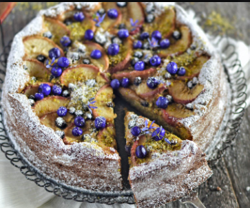 Dianella berries decorating a cake