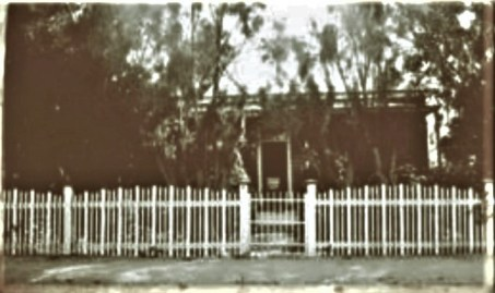 The home of artist Edith Holmes.