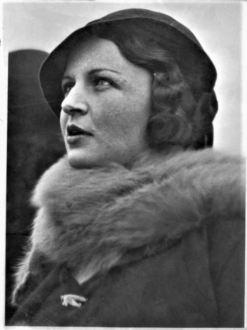 Mary Kingsford Smith