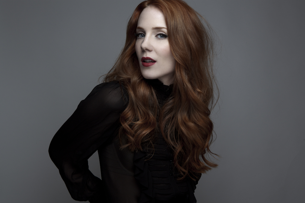 BEAUTY PROFILE with SIMONE SIMONS singer of EPICA | HeadBangers ...
