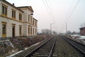 Der Bahnhof Zernitz schmückt sich in den Farben von www.dorffotografie.de. Der Bahnhof wurde in den Jahren 1990/1991 aufwendig restauriert.