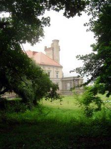 Seit 1945 ist im Kutschlauer Schloss ein Kinderheim untergebracht.