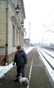 Bahnhof Glöwen, Szene am Bahnsteig