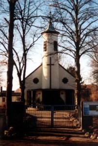 Abb. 5: Die sanierte Paulinenauer Kirche