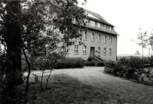Abb. 2: Laborgebäude, heute Mitscherlichhaus, erbaut 1954