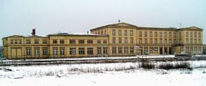 Passt kaum aufs Bild - der Bahnhof Wittenberge.