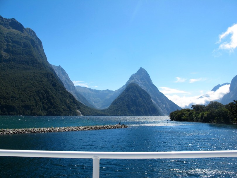7 Great places to visit in New Zealand - Milford Sound