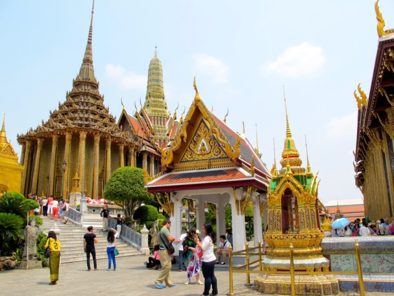 10 Highlights from Bangkok City, this is the temple of Emerald Buddha