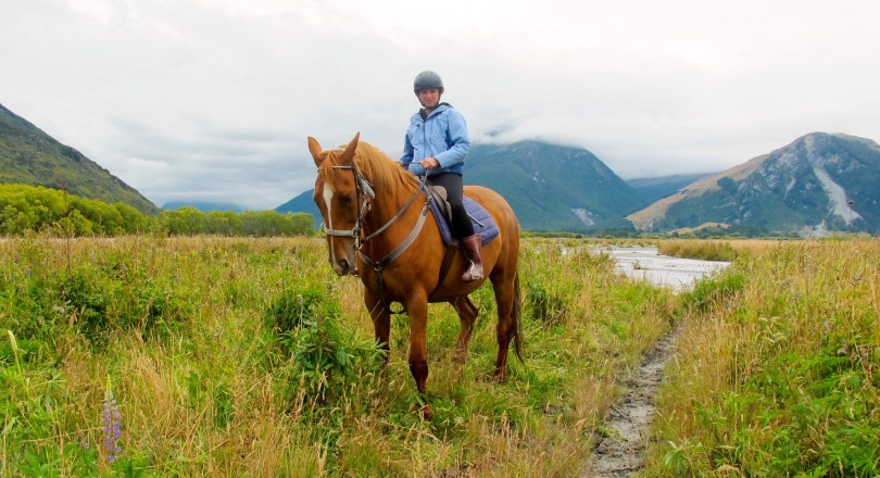 PaulineTravels Horseback riding in Queenstown