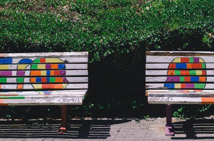 City benches speaking to each other