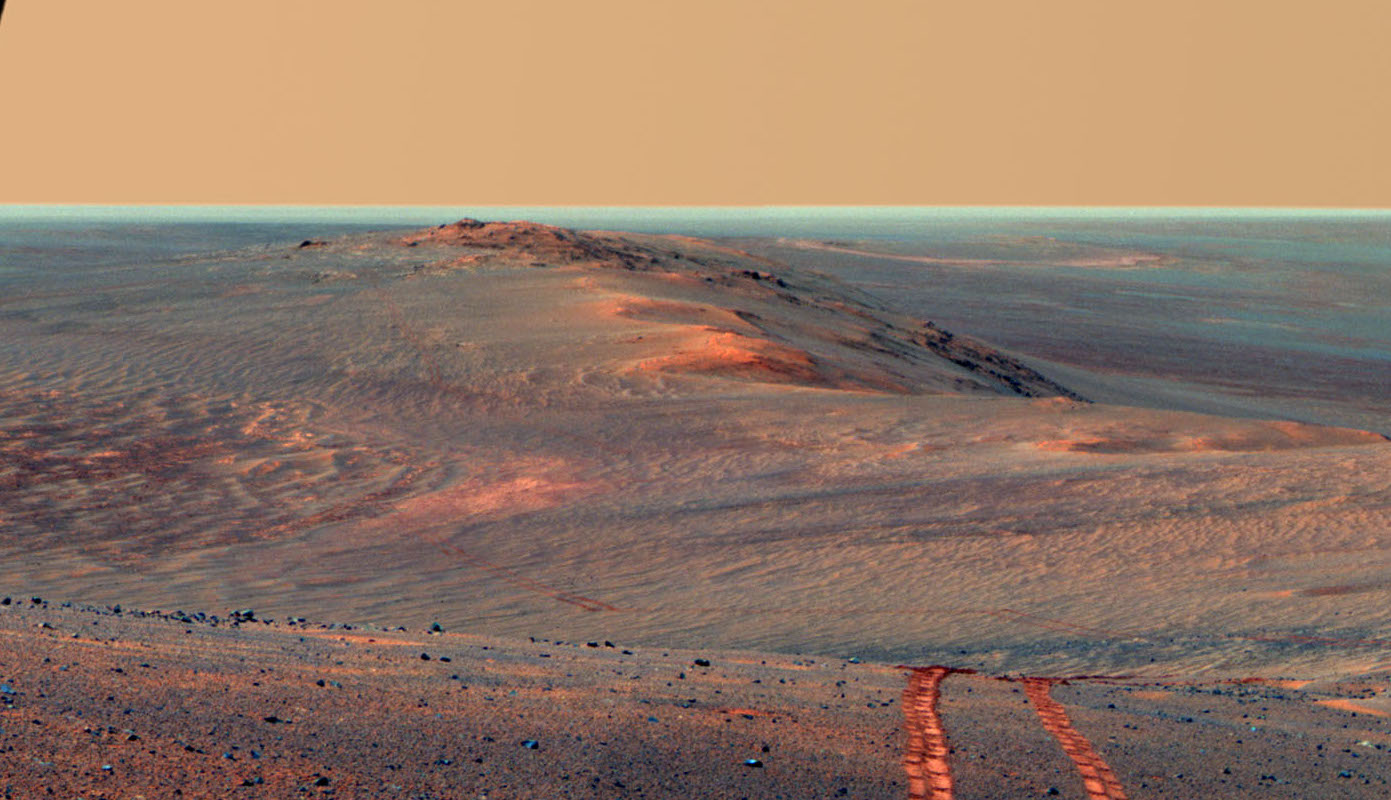 Tracks on the Martian surface
