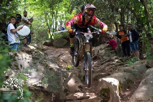 Dan Yeomans, racing in Tuscany